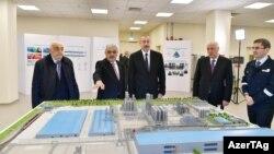 Prezident İ.Əliyev Sumqayıtda yüksəksıxlıqlı polietilen zavodunun açılışında.