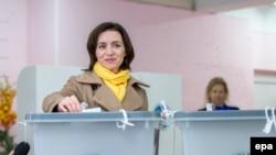 Майя Санду, проевропейский кандидат на выборах президента в Молдове. Кишинев, 13 ноября 2016 года.