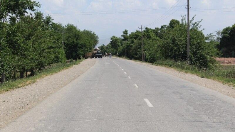 منبع: شاهراه دوشی-پلخمری به روی ترافیک مسدود شدهاست