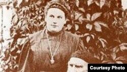 Лев Толстой қызы Александрамен бірге, 1908
