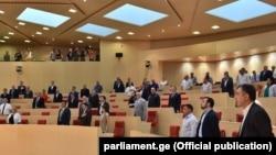 По количеству женщин в парламенте Грузия занимает 120-е место среди 193 стран
