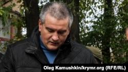 Самопровозглашенный премьер-министр Крыма Сергей Аксёнов