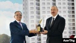"""Ylham Alyýew """"Azerbaýjanda... söz azatlygy ýola goýuldy"""" diýdi."""