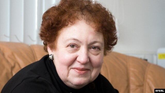Ответственный секретарь Союза комитетов cолдатских матерей Валентина Мельникова