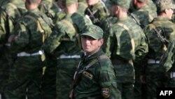 Возможно, что около 450 военнослужащих Вооруженных сил Южной Осетии вскоре окажутся на улице, пополнив армию безработных в республике
