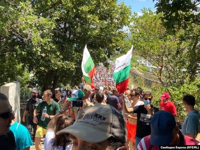 Протест у парку «Росенець» біля пляжу у Бургасі, 11 липня 2020 року