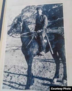 Бардан Турдалиев в военные годы.