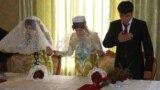 Таџикистанските невести скапо ја плаќаат невиноста