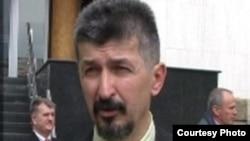 Francuska ima pravo da od Srbije traži dokaze na osnovu kojih je raspisala poternicu za Haradinajem: Đorđe Dozet