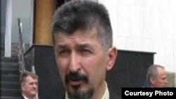 Djordje Dozet, zastupnik Ilije Jurišića