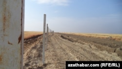 Türkmen-owgan serhedi. Arhiw suraty