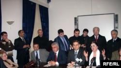 «Qarabağ və Respublika Uğrunda» təşəbbüs qrupuna da 40 min imza gərəkdir