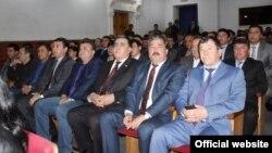 Таджыцкія міліцыянты ў тэатры (архіўнае фота)