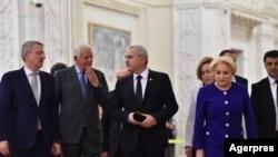 Ministrul de externe Teodor Meleșcanu alături de Liviu Dragnea și premierul român Viorica Dăncilă