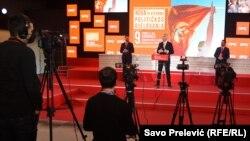 DPS je odbacila sve optužbe nove vlasti protiv ranijih ministara, te ocijenila da nova Vlada sprovodi politički revanšizam. (Na fotografiji Milo Đukanović predsjednik DPS i države na konferenciji za novinare u Podgorici 25. januara 2021. posle stranačkog kongresa)