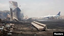 Arxiv fotosu. İyunun 8-fə Kəraçi Hava Limanına edilən hücum nəticəsində 38 nəfər öldürülmüşdü.