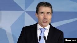 Генэральны сакратар НАТО Андэрс Фог Расмусэн выступае ў Брусэлі
