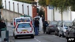 Hetuesit në Tuluz në vendin ku u vranë katër vetë