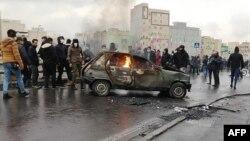 Протести в Ірані почалися 15 листопада після того, як уряд ухвалив рішення підняти ціни на пальне