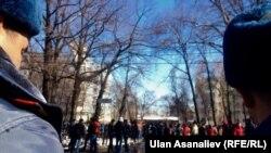 УКМКнын алдындагы митинг. Бишкек.