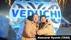Бизнесмен Руслан Байсаров и глава Чечни Рамзан Кадыров, архивное фото