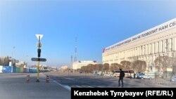 Перекрытая площадь Республики в Алматы.