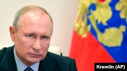 Awtoritar režim hökmünde kesgitlenen Orsýetde prezident Wladimir Putiniň konstitusiýa reformalary esasynda, eger-de olar durmuşa geçirilse, onuň wezipesinde iki möhletden hem kän galmagyna ýol açyljakdygy aýdylýar.