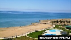 Awaza's beaches: so exclusive no one goes there.
