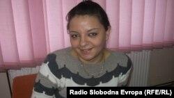 Сања Стојмановска , волонтер во Клубот на младите при Општинската организација на Црвениот крст во Куманово.