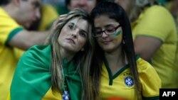 Բրազիլիայի երկրպագուները Բելու Օրիզոնտեի «Մինեյրաո» մարզադաշտում՝ Բրազիլիա - Գերմանիա խաղի ժամանակ, 8-ը հուլիսի, 2014թ․