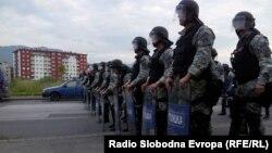 Нереди во населбата Ѓорче Петров по убиството на Анѓел Петковски, 20 мај 2014.