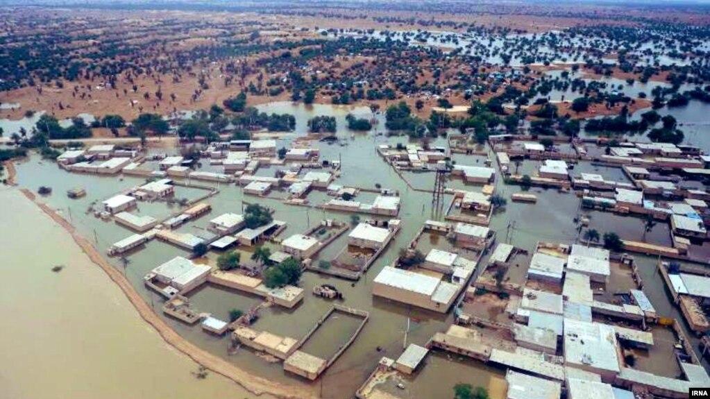سیل در سیستان و بلوچستان؛ آبگرفتگی جادهها در خوزستان