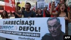 Erdoğanın sərt ritorikası cəmiyyətə də təsir edir