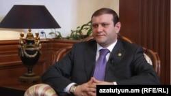 Երեւանի քաղաքապետ Տարոն Մարգարյանը հարցազրույց է տալիս «Ազատություն» ռադիոկայանին, արխիվ