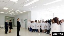 İlham Əliyev Bakıda Sağlamlıq Mərkəzinin açılışında