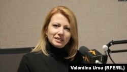 Arina Spătaru în studioul Europei Libere