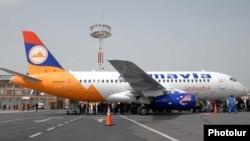 «Արմավիա»-ի օդանավը Երեւանի «Զվարթնոց» օդանավակայանում