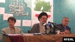 علی اکبر محتشمیپور در نشست مطبوعاتی صبح جمعه