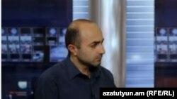 ԼՂ Ազգային ժողովի ընդդիմադիր պատգամավոր Հայկ Խանումյանը «Ազատության» ստուդիայում, արխիվ: