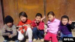 Кыргызстанда көп балдар бала бакча тарбиясынан өксүп жатышат