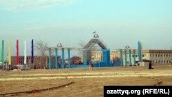 Жаңаөзен қаласының орталық алаңы. 15 қаңтар 2012 жыл. (Көрнекі сурет)