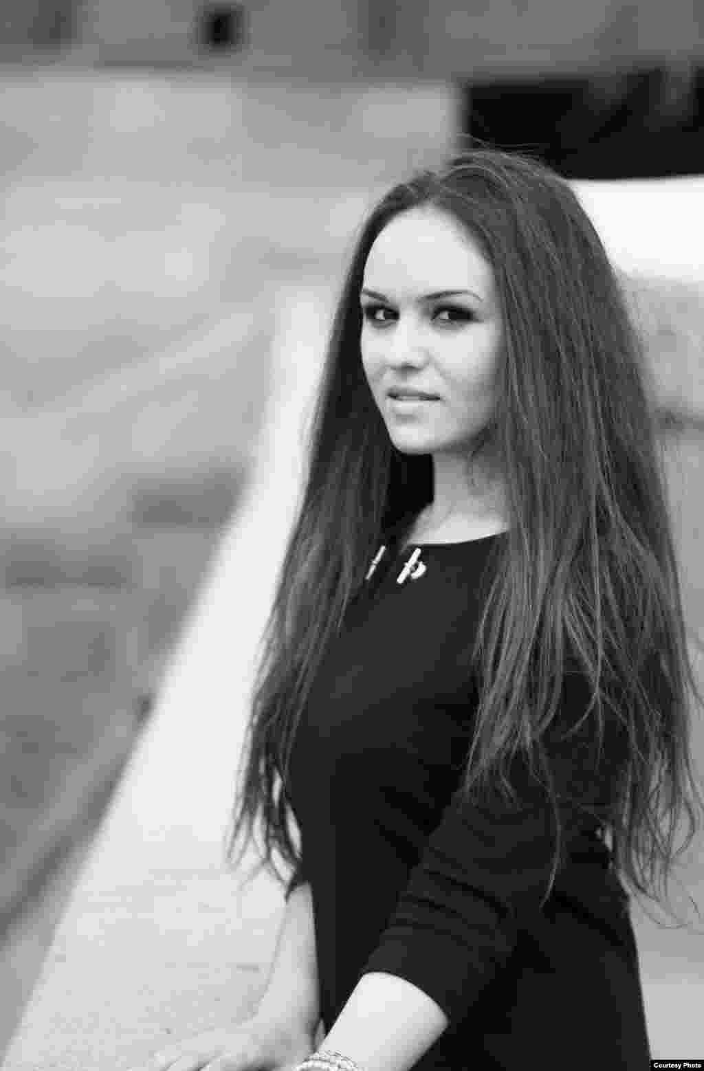 Лейла Халилова, менеджер в пищевом комбинате, крымская татарка