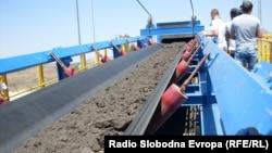Транспортниот систем за јагленова руда од рудниците Брод-Гнеотино и Суводол до термоелектраната РEK Битола.