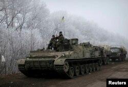 Українські військовослужбовці біля Дебальцева. 15 лютого 2015 року