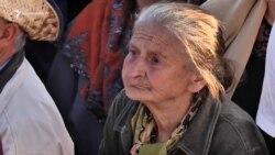 Հեղափոխական տատիկի ոգևորությունը 1 տարի անց էլ չի մարել