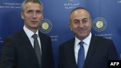 Турција - генералниот секретар на Алијансата, Јенс Столтенберг по разговорот со турскиот министер за надворешни работи Мевлут Чавушоглу.
