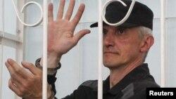 Платон Лебедев в Вельском районном суде, Архангельская область, 27 июля 2011 года.