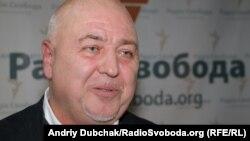 Юрій Шаповал