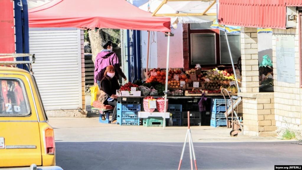 Рынок на улице Залесской