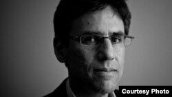 Стив Левин, Каспий аймағы елдеріндегі және әлемдік энергетика мәселелерін зерттеуші журналист, публицист